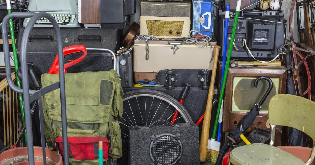 Best Moving Tips For Decluttering and Downsizing