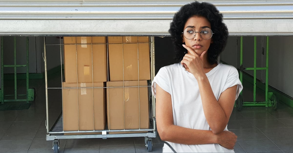 Moving? How To Choose an Indoor Storage Facility?